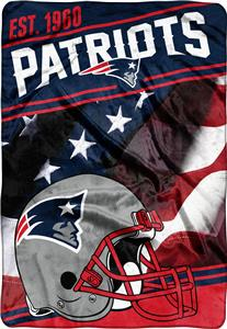Northwest NFL Patriots Stagger Oversized Throw
