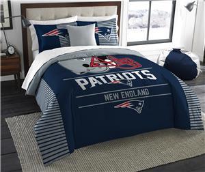 Northwest NFL Patriots King Comforter & Sham Set