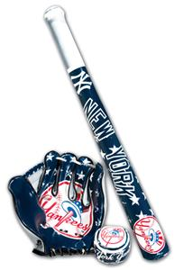 MLB NEW YORK YANKEES Bat, Ball & Glove Set