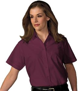 Edwards Womens Broadcloth Value Short Sleeve Shirt