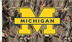 COLLEGIATE Michigan Realtree Camo 3' x 5' Flag