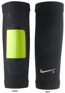 NIKE+ Forearm Shiver - Running