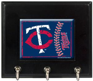 MLB Minnesota Twins Wood Keyhook Rack