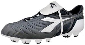 Diadora Maracana RTX 12 Soccer Cleats - Blk/Wht