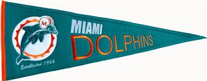 Winning Streak NFL Dolphins Throwback Pennant