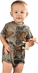 LAT Sportswear Infant Realtree Camo Creeper