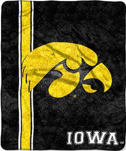 Northwest NCAA Univ. of Iowa Jersey Sherpa Throw