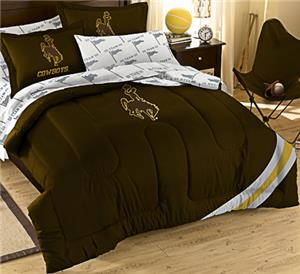 Northwest NCAA Univ of Wyoming Full Bed in Bag Set