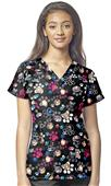 WonderWink Womens Sporty Print V-Neck Scrub Top