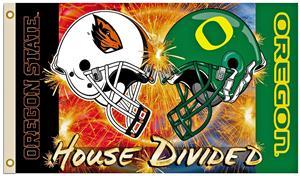 Collegiate Oregon/Oregon State Rivalry House Flag