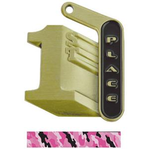 GOLD MEDAL/CAMO PINK NECK RIBBON